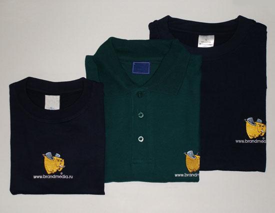 Темно-синие футболки с логотипом