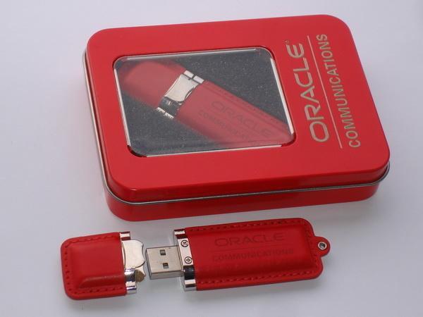 Флэшки usb красные с лого и упаковкой