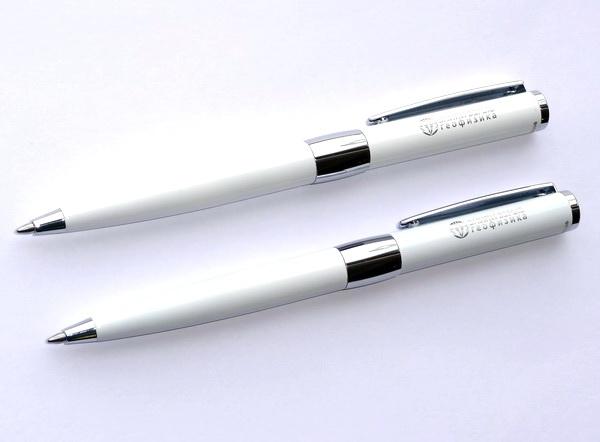 Белые ручки Senator Image с логотипом фирмы